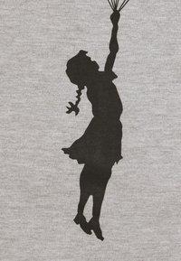 Nominal - BANKSY HOPE - T-shirt imprimé - grey marl - 6