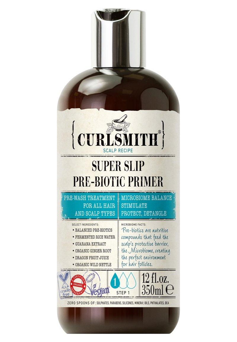 Curlsmith - SUPER SLIP PRE-BIOTIC PRIMER - Soin des cheveux - -