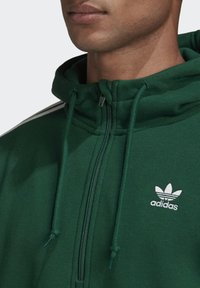 adidas Originals - STRIPES HOODIE - Hoodie - green - 4