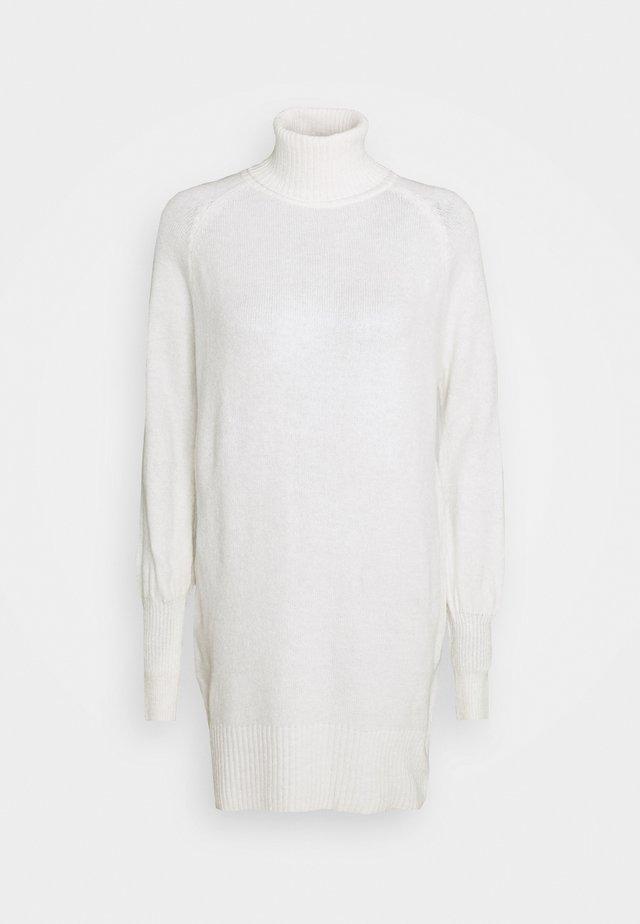 Robe pull - ecru