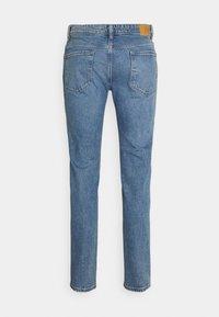 Selected Homme - SLHSLIM LEON  - Slim fit jeans - light blue denim - 1