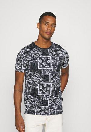 ESCHERB - T-shirt print - rich navy/optic white