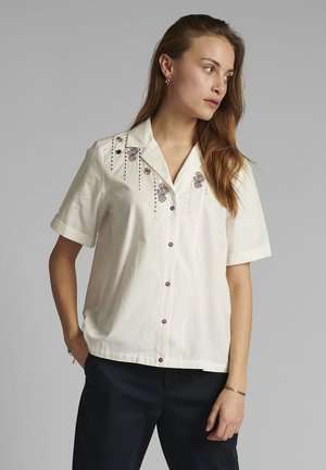NUCLOVE - Button-down blouse - bright white