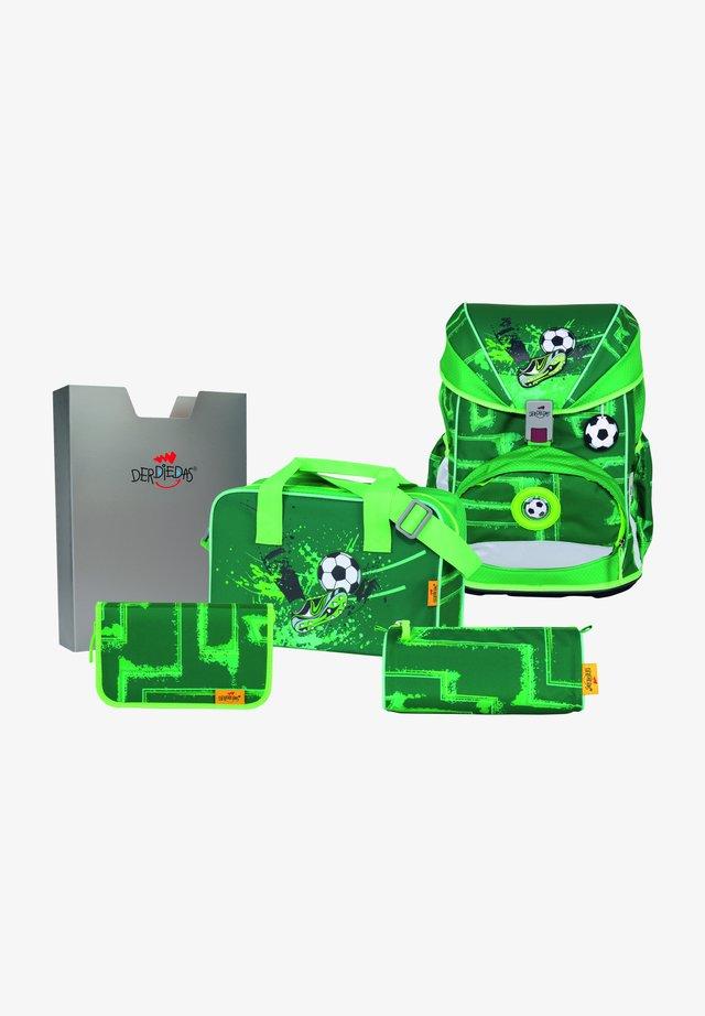 SET - School bag - green goal
