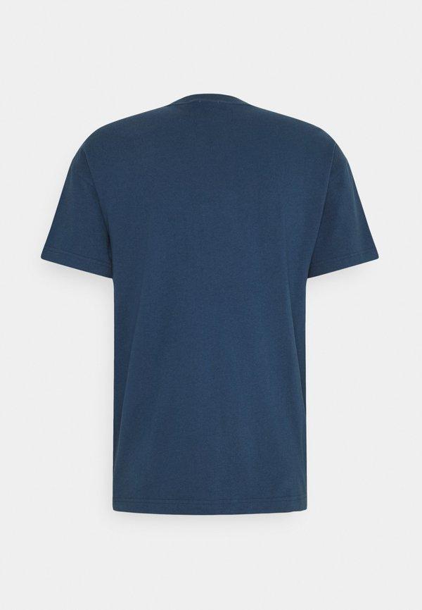 Abercrombie & Fitch CROSS CHEST TECH - T-shirt z nadrukiem - sargasso sea/granatowy Odzież Męska LHOS