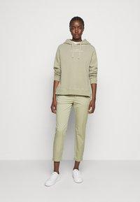 CLOSED - Sweater - green bark - 1