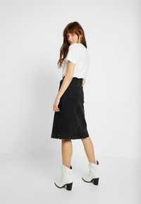 Tomorrow - HEPBURN SKIRT ORIGINAL - A-Linien-Rock - black - 2
