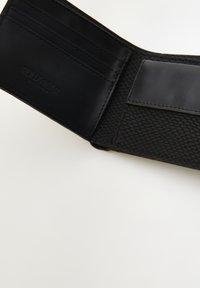 PULL&BEAR - Wallet - black - 4