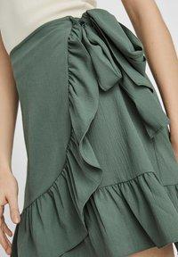 Vero Moda - ROCK WICKEL - A-line skirt - laurel wreath - 3