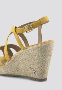 TOM TAILOR - Sandalen met hoge hak - yellow - 5