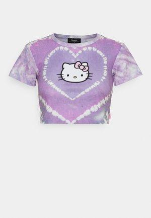 HEART TIE DYE BABY TEE - Print T-shirt - lilac