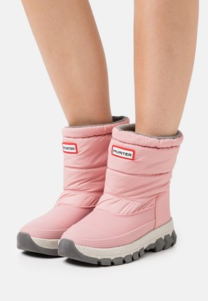 WOMENS ORIGINAL INSULATED SHORT - Winter boots - quartz pink