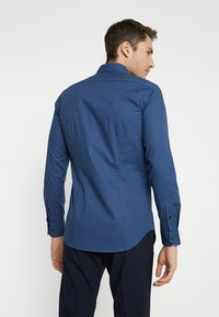 Tommy Hilfiger Tailored - CLASSIC SLIM FIT - Shirt - blue - 2