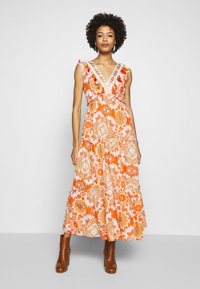 CACHOU - Maxi-jurk - orange