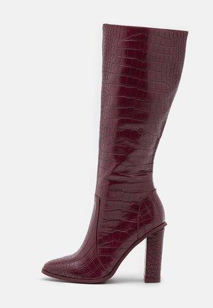 CELENI - Laarzen met hoge hak - burgundy