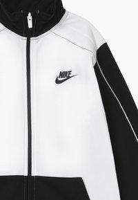 Nike Sportswear - CORE FUTURA SET - Tracksuit - black/white - 4