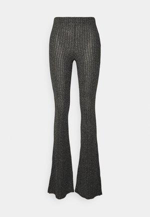 GLITTER FLARE - Pantalon classique - black