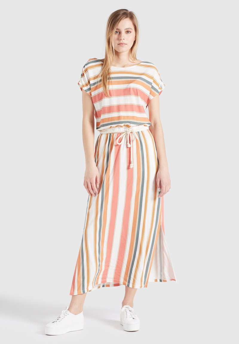 khujo - DOREEN - Maxi dress - mehrfarbig gestreift