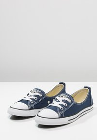 Converse - CHUCK TAYLOR ALL STAR BALLET - Trainers - navy - 2