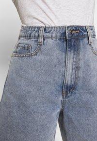Missguided - Shorts di jeans - denim blue - 4