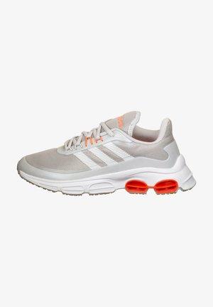 ADIDAS PERFORMANCE QUADCUBE LAUFSCHUH DAMEN - Neutral running shoes - dark solid grey/grey