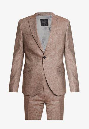 CRANBROOK SUIT - Oblek - light brown