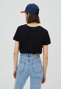 PULL&BEAR - 2 PACK - T-shirt basic - white - 4