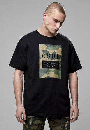 T-shirt con stampa - black/woodland camo