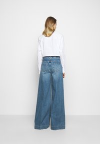 J Brand - THELMA HIGH RISE SUPER WIDE LEG - Relaxed fit jeans - senska raze - 2
