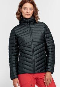 Mammut - Down jacket - black-phantom - 0