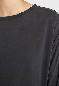 Monki - CLAUDIA - Long sleeved top - black - 5