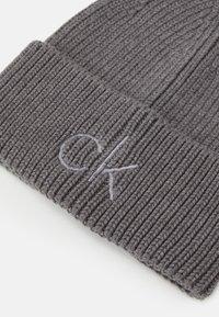Calvin Klein - BEANIE - Beanie - grey - 2