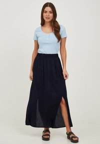ICHI - IHMARRAKECH - Pleated skirt - new total eclipse - 1