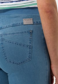 BRAX - STYLE PAMINA - Jeggings - bleached - 4