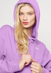 Nike Sportswear - HOODIE TREND - Sweater - violet shock/white - 3