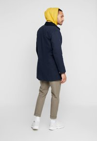 Levi's® - LONG UTILITY COAT - Cappotto corto - nightwatch blue