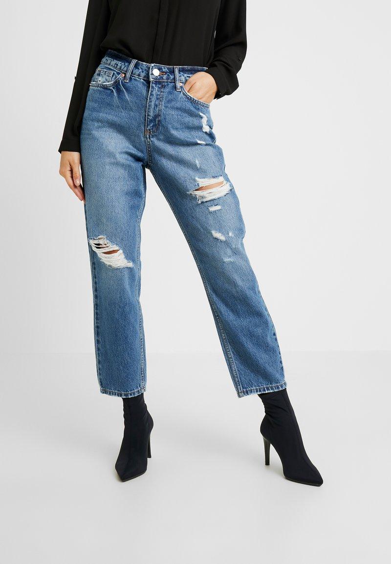 Miss Selfridge Petite - MOM - Straight leg jeans - blue