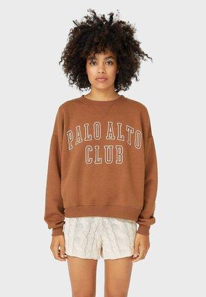 Sweatshirts - brown