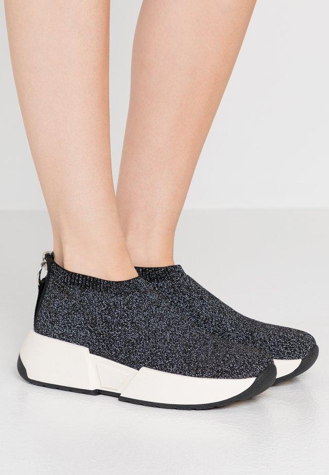 MARCEL - Sneakersy niskie - black