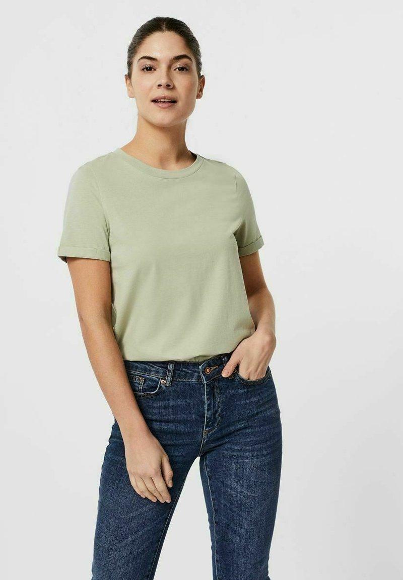 Vero Moda - PAULA  - Basic T-shirt - desert sage