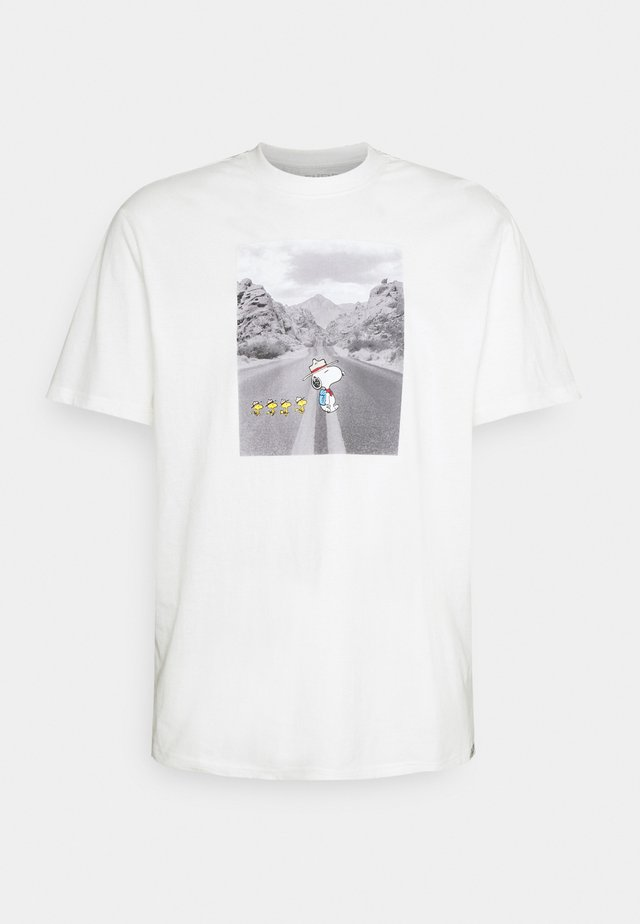 PEANUTS ADVENTURE - Print T-shirt - off white
