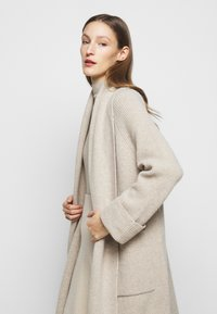 WEEKEND MaxMara - POMPOSA - Kardigan - beige - 4