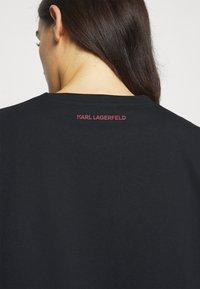 KARL LAGERFELD - KARL ROCK STAR TEE - Print T-shirt - black - 5