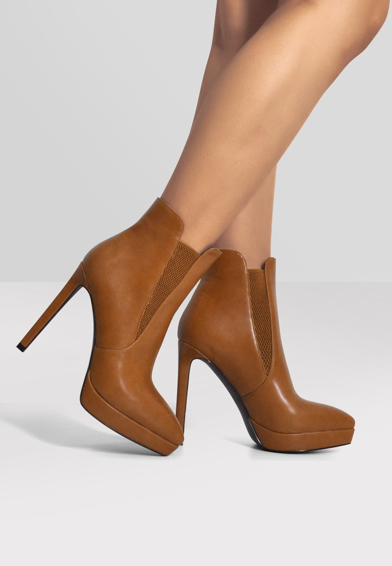 Only Maker - High heeled ankle boots - cognac
