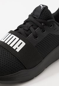 Puma - WIRED RUN - Neutral running shoes - black - 2