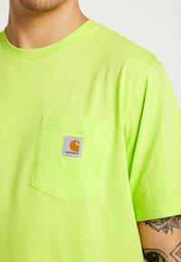 Carhartt WIP - Basic T-shirt - lime - 5