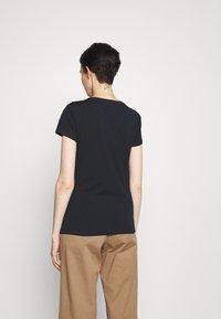 Barbour - ROWEN TEE - T-shirt con stampa - navy - 2