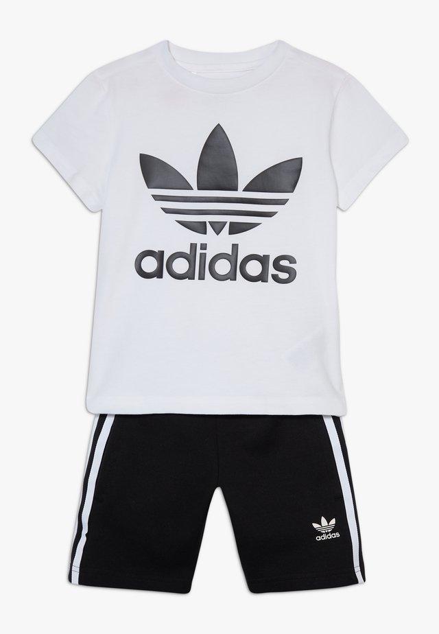 TREFOIL SHORTS TEE SET - Shorts - black/white