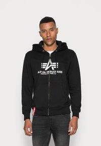 Alpha Industries - Vetoketjullinen college - black - 0