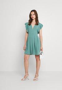 WAL G. - JESSIE SKATER DRESS - Sukienka letnia - sage green - 1